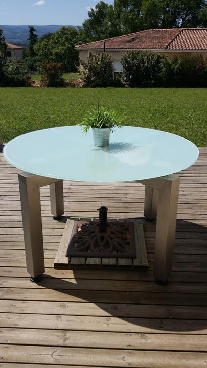 r alisation de mobilier en acier meubles industriels design. Black Bedroom Furniture Sets. Home Design Ideas